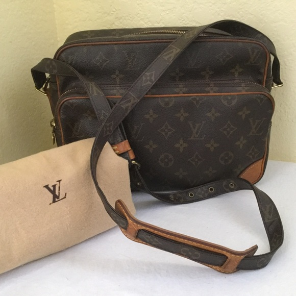 ef67b36355 🎈SALE❤️LouisVuitton Mono Nil Travel CrossBody Bag